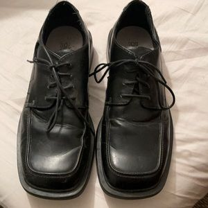 Deer Stags dress shoes size 9.5